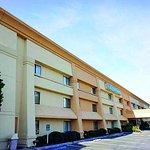 Photo de La Quinta Inn & Suites Brunswick