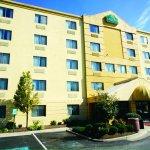 Photo of La Quinta Inn & Suites Baltimore BWI Airport