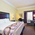 Photo de La Quinta Inn & Suites Cleburne