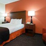Photo de AmericInn Hotel & Suites New Lisbon