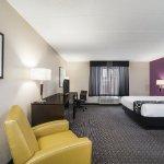 La Quinta Inn & Suites Clifton / Rutherford Foto