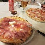 Pizzeria La Romantica Santa Maria의 사진