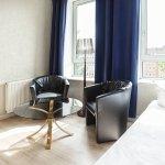 Basic Hotel City Photo