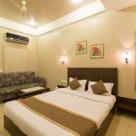 OYO 364 Hotel Dev Villas