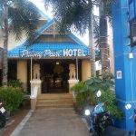 Photo de Patong Pearl Resortel