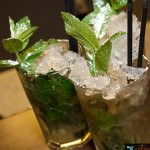 Mojitos... et bien d'autres cocktails vous attendent à la Brasserie J5!
