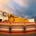 Sleeping Buddha at Wat Doi Kham Chiang Mai