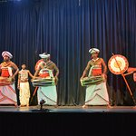 cultural dance in kandy
