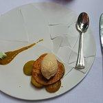 Tarte aux prunes façon tatin glace frangipane
