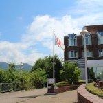 The Heidelberg Marriott and Ferry Dock