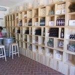 Wine shop e tasting