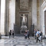 St. John Lateran Basilica: # 2: Constantine's welcomes !