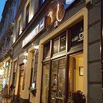 Superb restaurant and bar