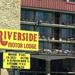Riverside Motor Lodge