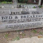 Jailers Inn sign