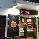 Фотография Ferretti Gelato e Caffe