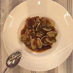 Buenísimo restaurante en El Centro de Tarragona. Pedimos menú degustación y no decepcionó. Buen