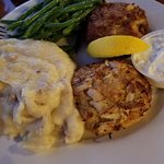 Two crab cake dinner