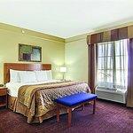 Photo of La Quinta Inn & Suites Hobbs
