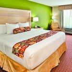 Photo of La Quinta Inn & Suites Rochester