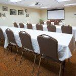 CountryInn&Suites Marinette MeetingRoom