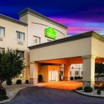 Photo of La Quinta Inn & Suites Evansville