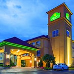 Photo de La Quinta Inn & Suites Tulsa Airport / Expo Square