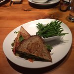 Grilled Veggie Sandwich with fresh green beans
