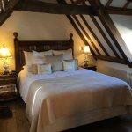 Lovely comfy bed, clean, crisp linens