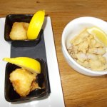 – Scallops in batter and fried squid.