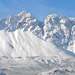 Imponente con las cumbres nevadas, el Piltriquitron te invita a acercarte!