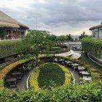 Relaxing outdoor spaces - Beachwalk Shopping Center