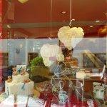 Cafe Konditorei Luckner: Street side window