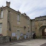 Château de Duras - view from the street