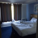 Room 117 - Great BIG comfrotable bed
