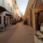 Rue donnant accès à La Licorne