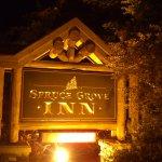 Photo de Spruce Grove Inn