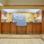 Photo de Holiday Inn Express Hotel & Suites Oroville Southwest