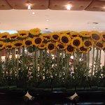 Lobby - Fresh flowers