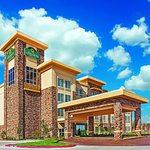 Photo of La Quinta Inn & Suites Pecos