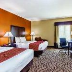 Photo of La Quinta Inn & Suites Cotulla