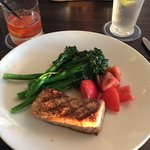 Yellow fin with broccolini and tomatoes