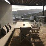 Leonis Summer Houses resmi