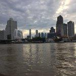 Photo de ibis Bangkok Riverside