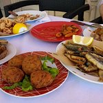 Courgette balls, fried squid, fried sardines and anchovies