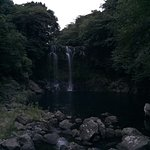 Photo de Cheonjiyeon Falls
