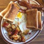 Foto de A.J's Roadside Cafe