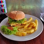 Chicken burger with fries & drink set