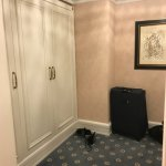 Dressing room of the suite - room 546