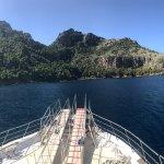 Foto de No Frills Excursions